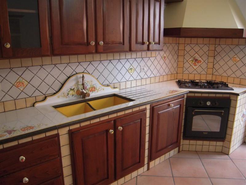 Cucina in muratura caltanissetta cu ce mur cucine in - Cucine in muratura ad angolo ...