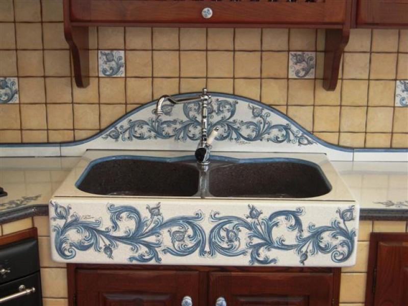 Lavello pachino cu ce mur cucine in muratura prefabbricata cu ce mur cucine in muratura - Lavandini da cucina in ceramica ...