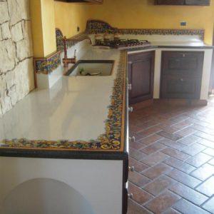 Top per cucine in pietra lavica cu ce mur cucine in muratura prefabbricata cu ce mur - Cucine in pietra lavica giarre ...