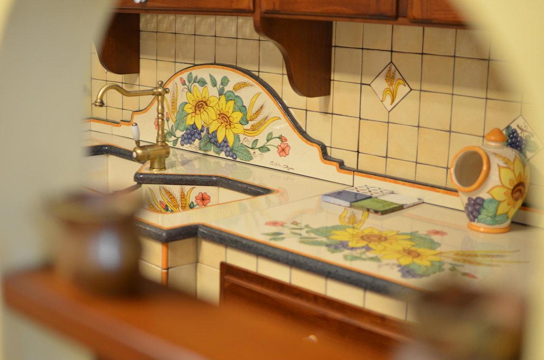 Conosci tutti i vantaggi delle cucine in muratura? A Caltagirone ...